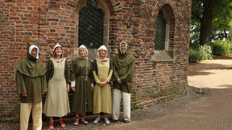 De Middeleeuwse Strepsils zongen op het van Limburgfestival 2015